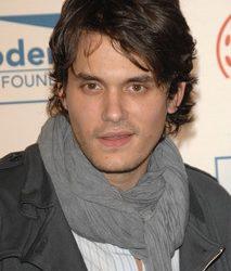 John Mayer: un accro aux sacs à main !