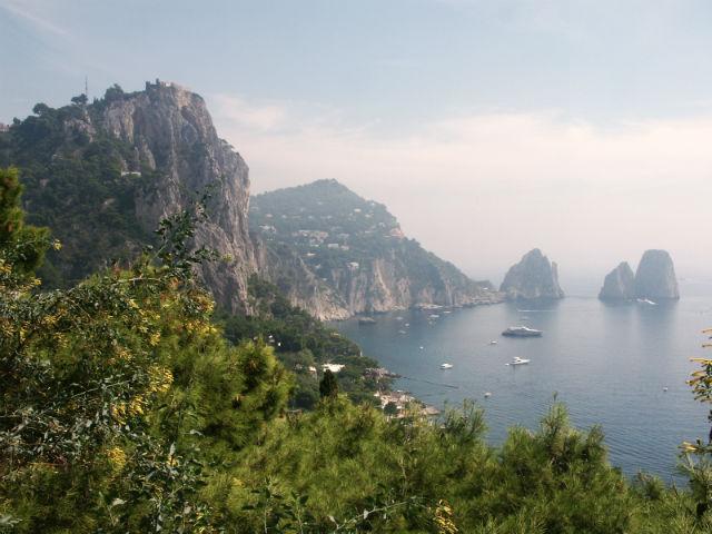 Les Faraglioni di Capri