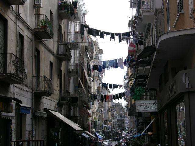 rue de naples en italie
