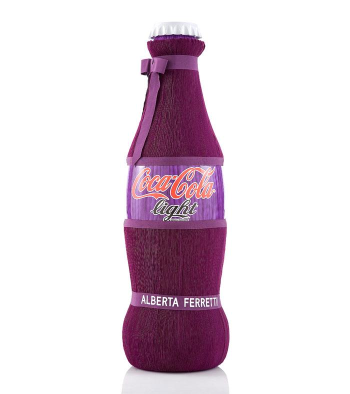 Bouteilles de coca cola light édition limitée alberta ferretti