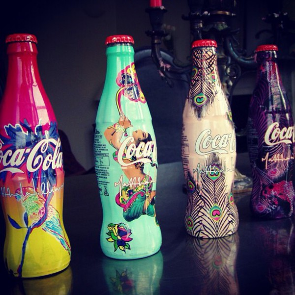 Bouteilles de coca cola light édition limitée jw anderson
