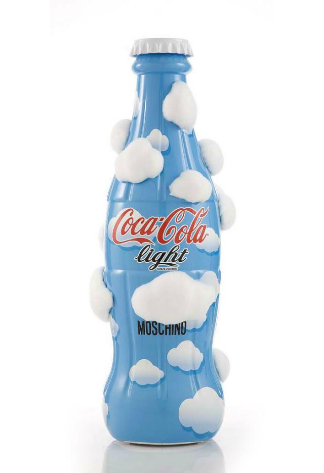 Bouteilles de coca cola light édition limitée moschino